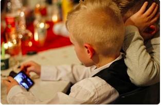 """Safer Internet Day: un ragazzo su cinque """"sempre connesso"""""""