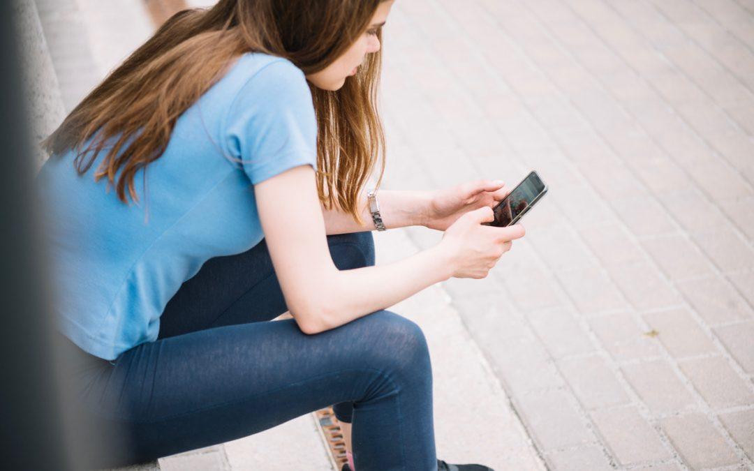 Guida minori online: una guida gratuita per capire il mondo online dei ragazzi